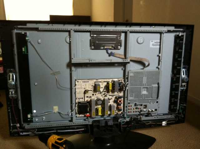 The Benefits Of Repairing Your TV Instead of Replacing it
